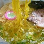 ラーメン 菅家 - 塩らーめんの麺