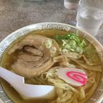 佐野山銀本店 - 麺やわ目、少しオイリー