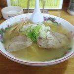北龍 - 料理写真:塩ラーメン(600円)