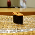 115639110 - [2019/08]寿司⑧ 小樽産ばふんうにの軍艦巻き