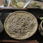 平尾台蕎麦処 えん - 【ざるそば 800円】と【天ぷら 500円】