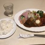 レストラン花園  - 料理写真:Aランチ 1050円。