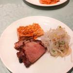 北京遊膳 - 湯葉もやし巻き、大根とクラゲ、焼豚