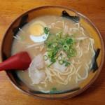 珍香園 まいど - 料理写真:みそラーメン(480円)