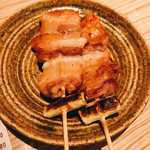 AGARU - けん豚