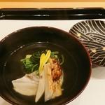 馬車道 大かわ - 南瓜豆腐、鯛と松茸の椀