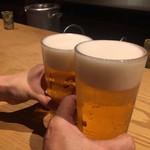 115649566 - まずはビールで、久しぶりの乾杯〜(^ω^)