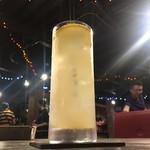 蓮華 - 2杯目はマスターのオリジナル柑橘系カクテルです