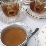 マッシモ・マリアーニ - 紅茶はポット出し