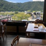 Hirasei - 店内から錦帯橋が一望