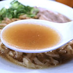 麺や 河野 - 醤油スープ