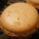 シャントレル - 小菓子 レンズ豆のマカロン アップ
