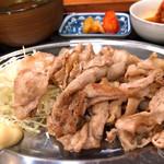 京都ホルモン 梅しん - 南国フルーツポークの豚バラ定食(シングル)