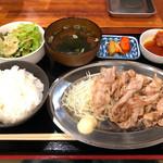 115675049 - 南国フルーツポークの豚バラ定食(シングル)
