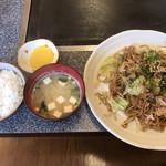 お好み焼き雄太朗幸袋店 - 料理写真:焼そば定食=500円 ※ランチ限定メニュー
