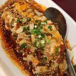 純中国伝統料理四川料理 芊品香 - よだれ鷄は鉄板ですね これと紹興酒でもいいかも
