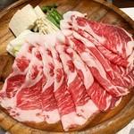 115688337 - • しゃぶ尊 3000円                       黒豚しゃぶしゃぶ、野菜
