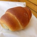 ブーランジェリー ペールラシェーズ - バターパン