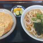 115699509 - カツ丼セット750円