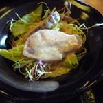 うちなーの味 石なぐ - 鴨肉の入ったサラダ