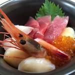 115722166 - ミニ海鮮丼(1,100円)