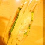 トミー コージー - 日替サンドイッチ フレッシュ&ポテト 280円(税込)【2018年9月】