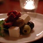 バー・ダブコット - オリーブ&チーズ