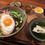 辺銀食堂 - ジャージャン丼 ¥1,000-