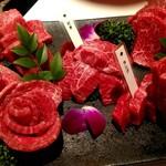 nikushouiyasaka - 五種盛り(イチボ、ランプ、ラムシン、ダキ、シキンボウ)
