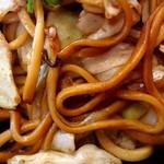 焼そば専門店 突貫亭 - ソース…と勘違いしそうな甘い醤油味♪もっちり太麺♪