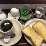 八ちゃん - 料理写真:モーニングセット  270円