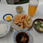 天ぷら定食ふじしま - 海老入り天ぷら定食 ご飯小 800円、ビール 350円