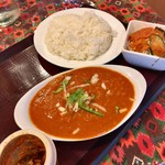 デリーガーデン - 料理写真:ラムカレー ハーフ&ハーフ 920円