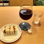 HARIO CAFE - フルーツサンドイッチ ハーフ&水出し珈琲