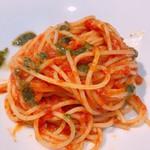 リストランテ ボンナターレ - バジルとトマトのポモドーロスパゲッティ