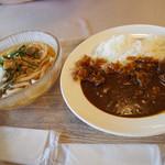 レストラン湖水 - 2019/9/15 ランチで利用。 山菜うどんセット(850円) タリアビーフカレー(900円)