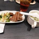 牛たん炭焼 利久 - 【2019.6】牛タン1.5切+テールスープ