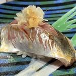 第三春美鮨 - 真鰺 88g 瀬付き 釣 兵庫県沼島