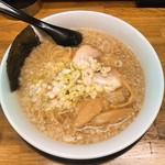 麺屋てんき - 料理写真:こってり背脂「醤油」