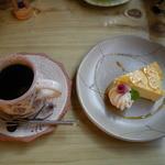 茶ろん もも - 別腹セット(チーズケーキ)