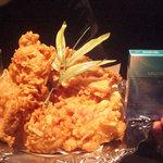 腹八分目 - 伝説の若鶏唐揚げ