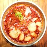 黒椿屋 - 麻辣雲呑麺