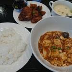 115812967 - 今日のシトラスランチの麻婆豆腐と酢鶏(税込830円)