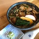 手打ちそば 松喜 - 料理写真:山菜きのこそば  750円