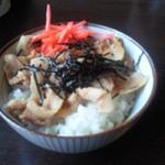 11582549 - ミニ豚丼 250円