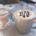 CREER COFFEE - 本日のおコーヒー 秋冬感ある モカ