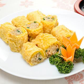 本格的な北京料理の数々。懐かしくもやさしい味わいに舌鼓