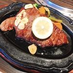 福寿館 - 料理写真:サーロインステーキ