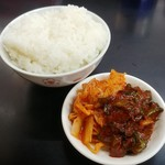 ラーメン朋 - お昼のライスは¥50引き