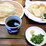 天盛りうどん ゆうじ - 料理写真: